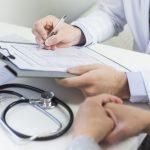 Odpowiedzialność szpitala oraz lekarza za niepoinformowanie pacjenta o konsekwencjach wykonania zabiegu medycznego