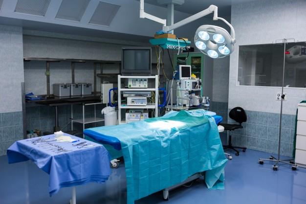 Nieprawidłowo wykonany zabieg plastyczny, estetyczny i chirurgiczny przez lekarza - błąd medyczny