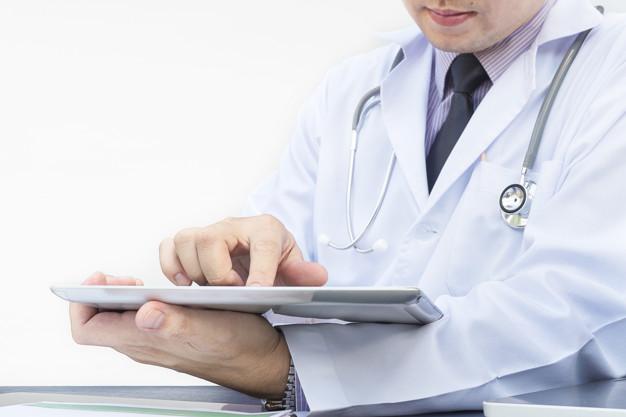 Odpowiedzialność lekarza jako pracownika szpital za błąd medyczny
