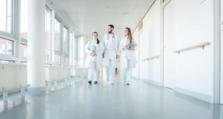 Odszkodowanie za złe zszycie pękniętego krocza i pochwy po porodzie w szpitalu przez lekarza