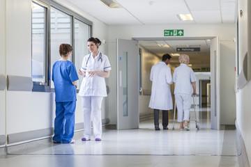 Odszkodowanie za błędne, złe i niewłaściwe złożenie kości nogi lub ręki jako błąd medyczny lekarza ortopedy